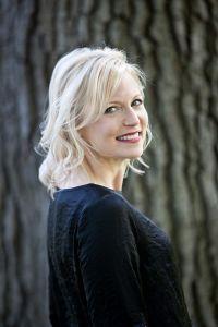 Author Kim Savage